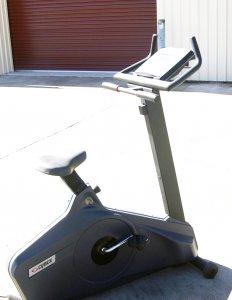 Cybex 700 Upright Bike 1